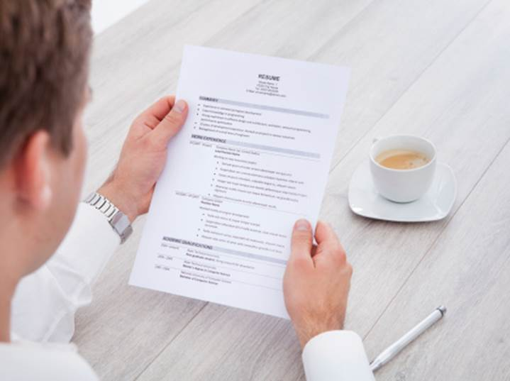 Is It Ever Okay To Leave A Job Off Your Resume