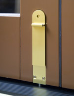folding door hardware1